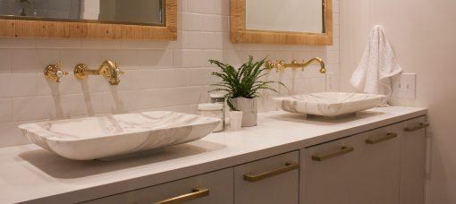Mighty Oak Builders/Bathrooms